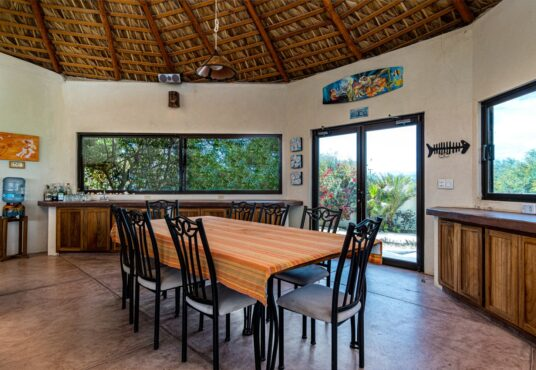 Palapa Dining Table